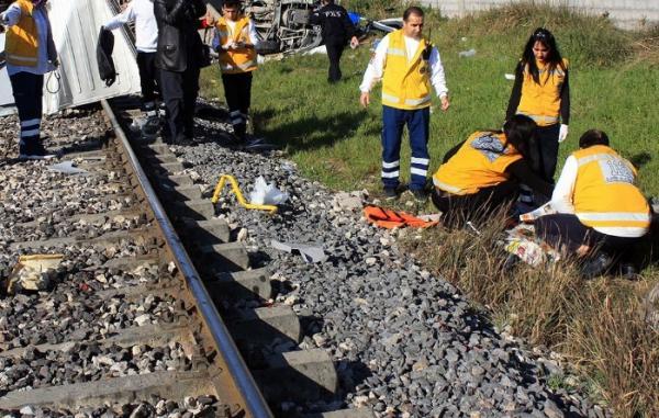 В Турции число погибших в железнодорожной катастрофе возросло до 24